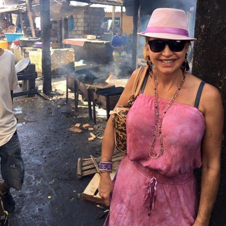 Carmen Geiss in den kolumbianischen Slums