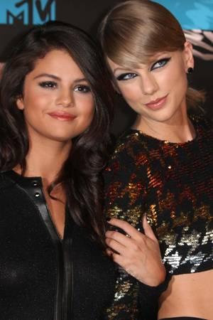 Selena Gomez, Taylor Swift
