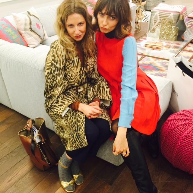 Tiger triff Socken trifft Colour-Blocking: GALA-Kolumnistin Sue und Topmodel Eva Padberg