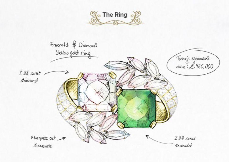 Der Verlobungsring von Jacqueline Kenndyfällt dank der zahlreichen Diamanten und Smaragde auf Gelbgold schon von Weitem ins Auge.