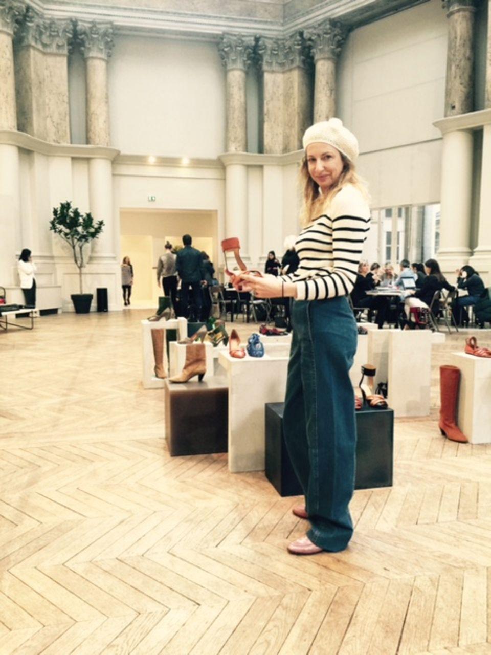 Im Showroom von Isabel Marant gilbt es, die neuesten Schuhtrends zu sichten.