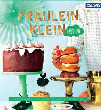 """Üppiger Osterbrunch, eine bombastische Beeren-Eistorte oder erfrischenden Drinks zum Picknick – für jeden Anlass im Jahr kreiert Yvonne Bauer alias Fräulein Klein (www.fraeulein-kleinblogspot. com) raffinierte Gerichte samt perfekter Deko. Ein Farbfeuerwerk! (""""Fräulein Klein lädt ein"""", Callwey Verlag, 192 S., 24,95 Euro)"""