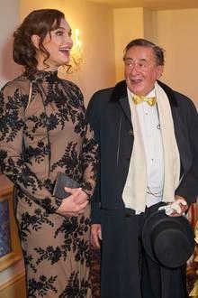 Ist das Vorfreude oder Panik im Gesicht von Brooke Shields? Der Hollywoodstar ist der diesjährige Stargast von Baulöwe Richard Lugner.