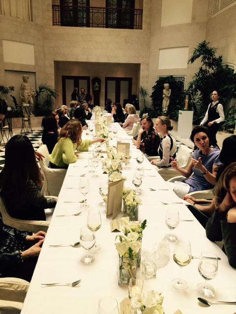 """Beim """"Ladies Lunch"""" im Hotel Adlon konnten Networking, spannende Gespräche und fantastisches Essen miteinander verbunden werden."""