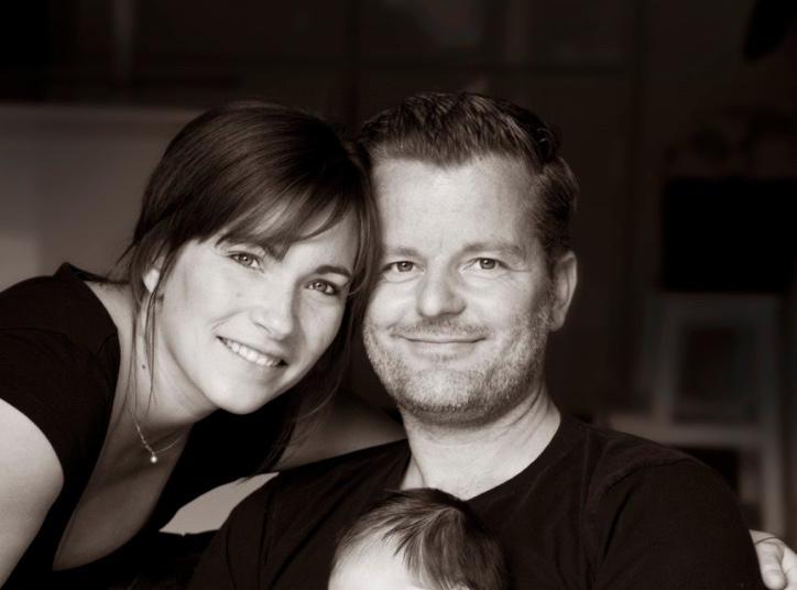 André Dietz zusammen mit seiner wunderschönen Familie: Ehefrau Shari, mit der er ein Dream Team bildet sowie ihre gemeinsame Tochter Mari.