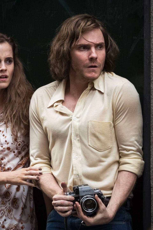 """Im Netz der Sekte: Emma Watson und Daniel Brühl spielen in """"Colonia Dignidad – Es gibt kein Zurück"""" ein deutsches Paar, das während der Diktatur in Chile in die Kolonie gerät."""