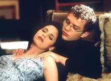 Hier massiert Sebastian (Ryan Philippe) seineStiefschwester Kathryn (Sarah Michelle Gellar) in dem Kultfilm