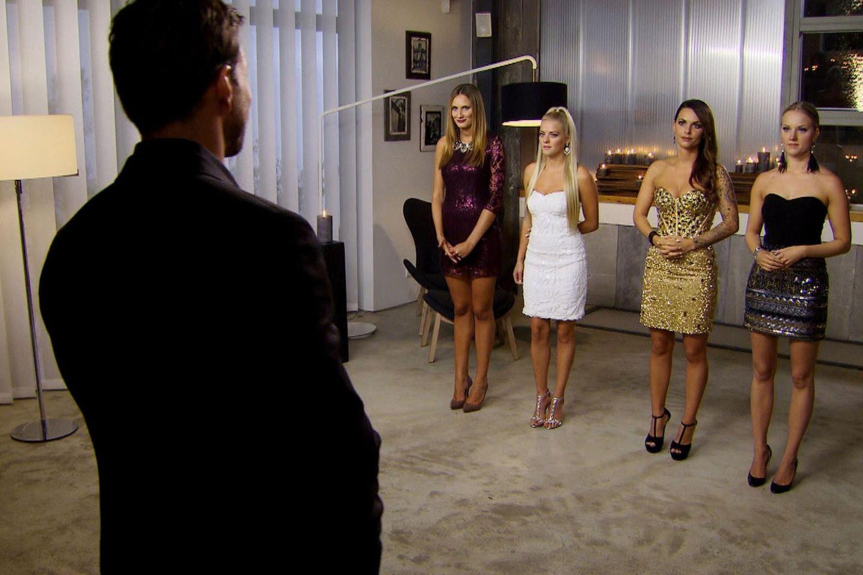 Der Bachelor mit den letzten vier Kandidatinnen