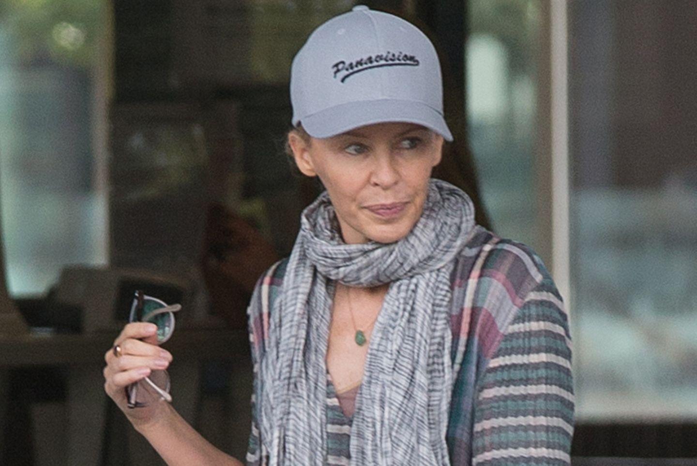 Kylie Minogue, Klinik, Melbourne