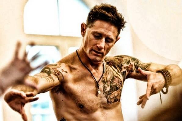 Yoga-Gurus: Auf diese Lehrer schwört Hollywood