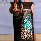 """GALA Spa Awards 2016: Highlight des Abends war Naomi Campbell, die als """"Beauty Idol"""" ausgezeichnet wurde. Das 45-jährige Top-Model steht für Schönheit und Erfolg, im vergangenen Jahr feierte sie ihr 25-jähriges Laufsteg-Jubiläum. GALA-Chefredakteurin Anne Meyer-Minnemann überreichte dem Supermodel seinen Award."""