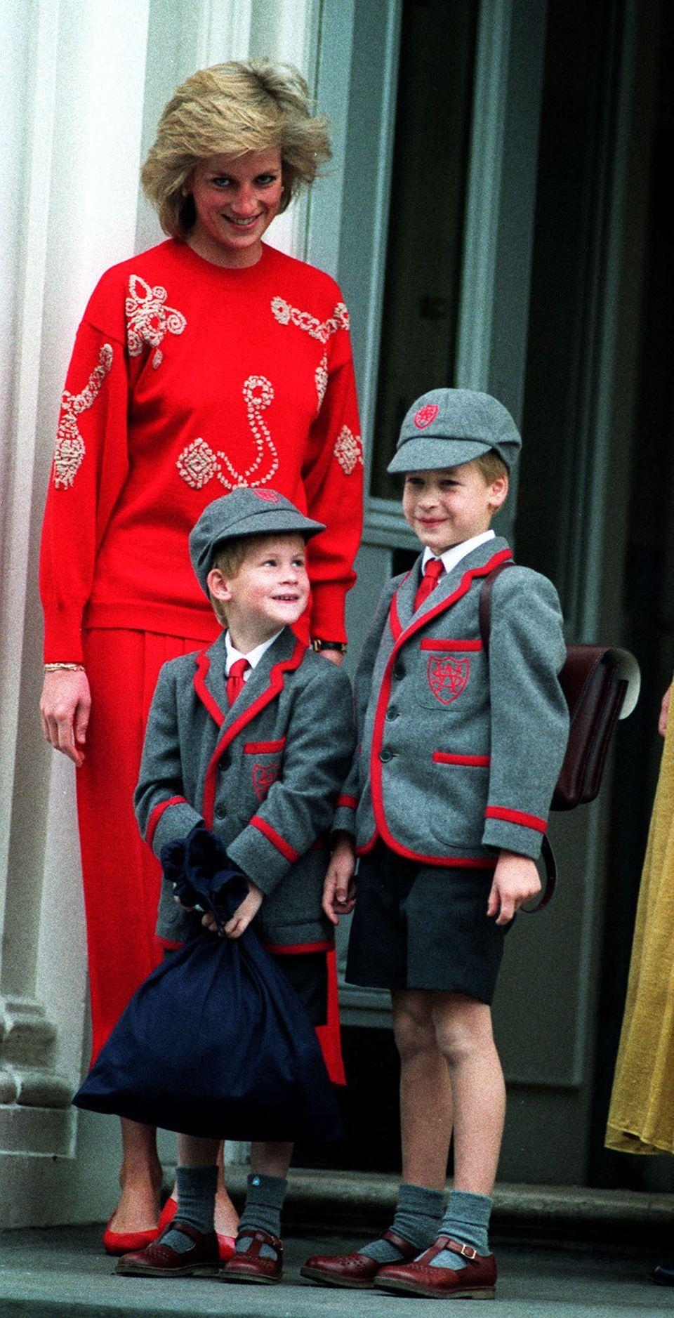 Diana mit ihren Söhnen William und Harry