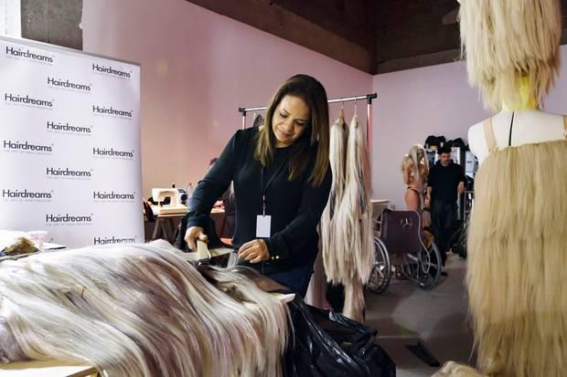 Backstage bei der Show von Hairstylist Charlie Le Mindu