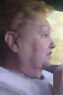 Video des Tages: Eine Oma im selbstfahrenden Auto