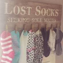Einsame Socken. Ein bekanntes Phänomen