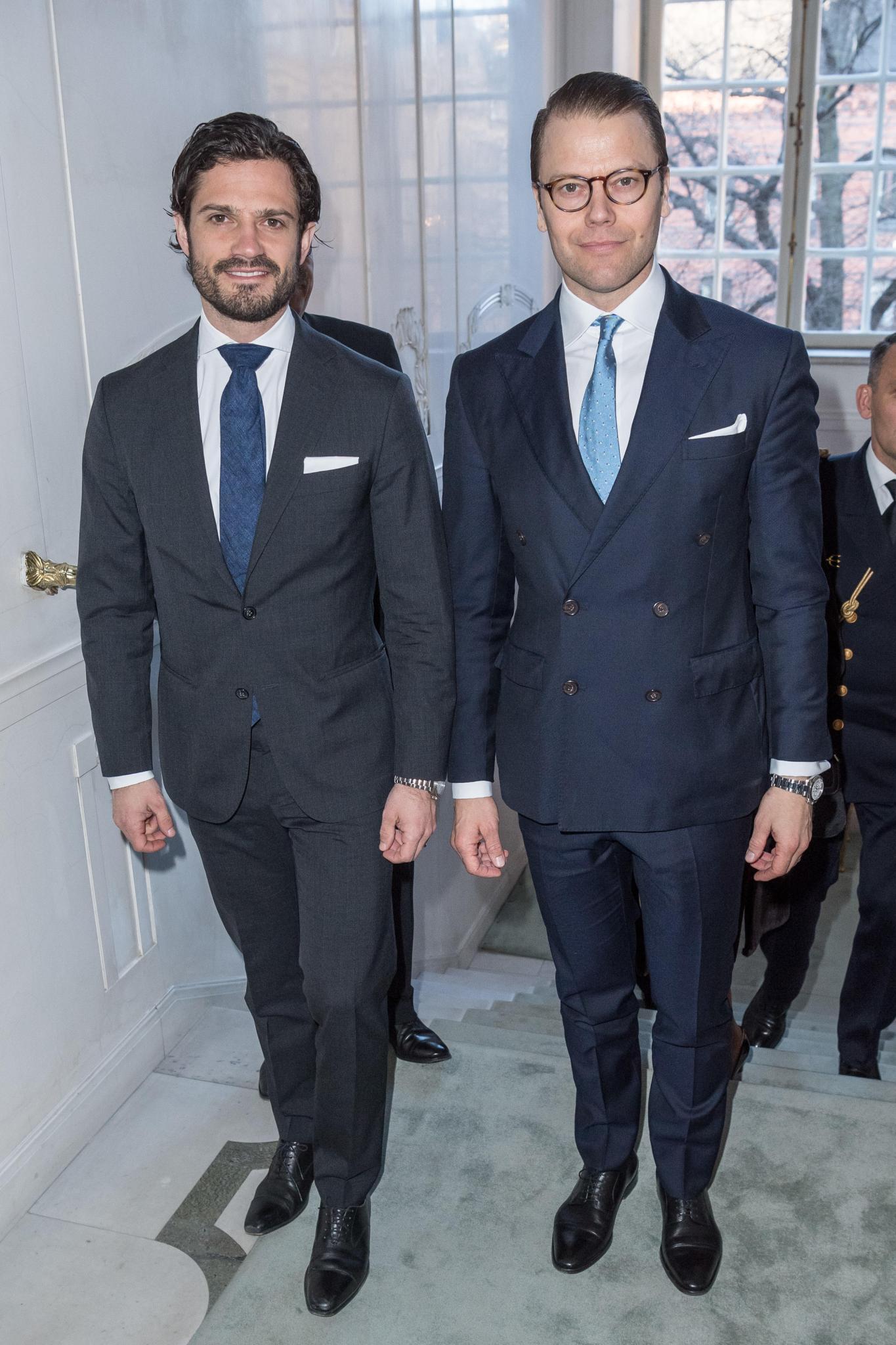 """Prinz Carl Philip und Prinz Daniel ohne ihre Ehefrauen beim Seminar """"Ein Abend über die Ostsee - voller Hoffnung und bedroht"""" anlässlich des 70. Geburtstag von Schwedens König Carl Gustaf"""