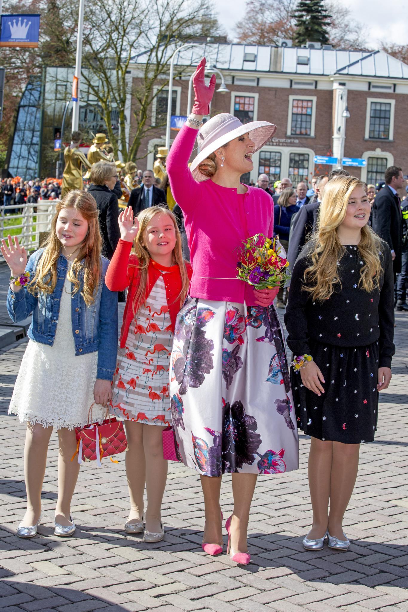 Königin Máxima mit ihren Töchtern Alexia, Ariane und Amalia (v.l.)