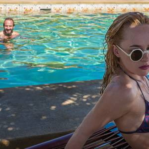 """A Bigger Splash"" - Ralph Fiennes, Dakota Johnson"