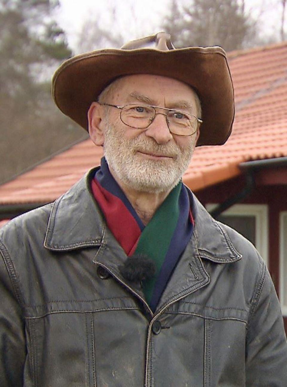 """Hobbybauer Fritz aus """"Bauer sucht Frau""""."""