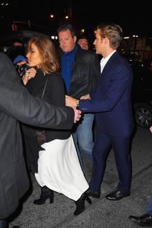 """Im Dezember besuchen Eva Mendes und Ryan Gosling eine """"SNL""""-Afterparty."""