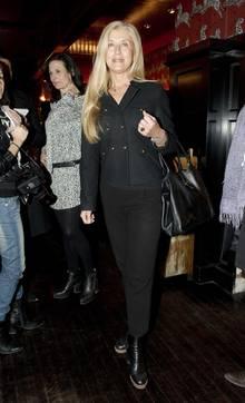 Für die modische Seite ist Victorias Stylistin, Tina Törnqvist, verantwortlich.
