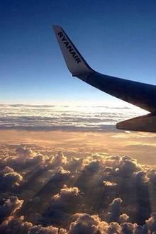 Fensterplatz im Flugzeug