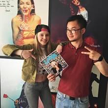 Lina Larissa Strahl und GALA-Redakteur Thomas im Interview.
