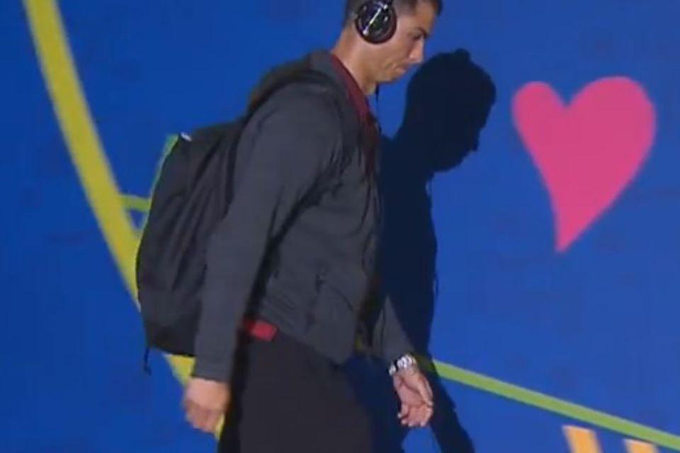 Cristiano Ronaldo in Kompressionsstrümpfen.