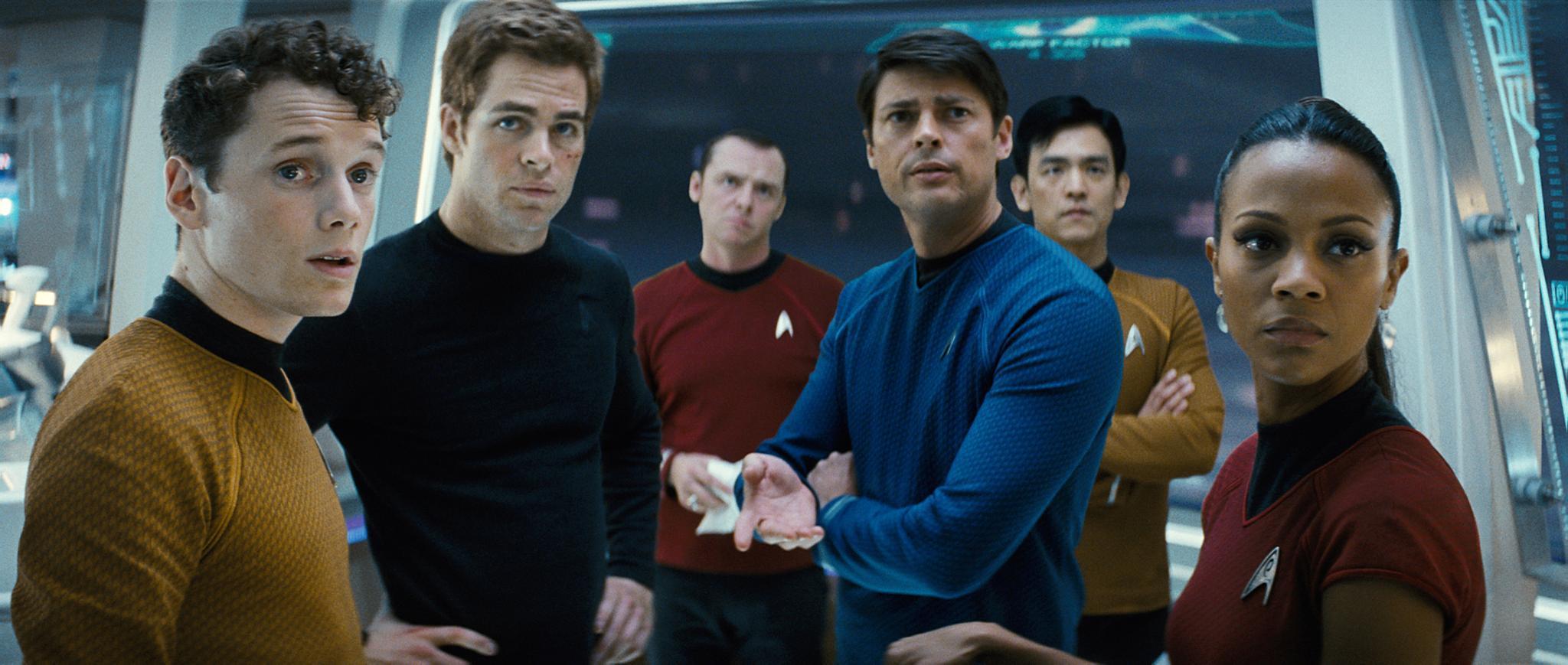 """Anton Yelchin (links) an der Seite seiner """"Star Trek""""-Co-Stars Chris Pine, Simon Pegg, Karl Urban, John Cho und Zoe Saldana."""