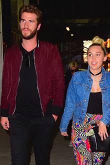 Liam Hemsworth + Miley Cyrus