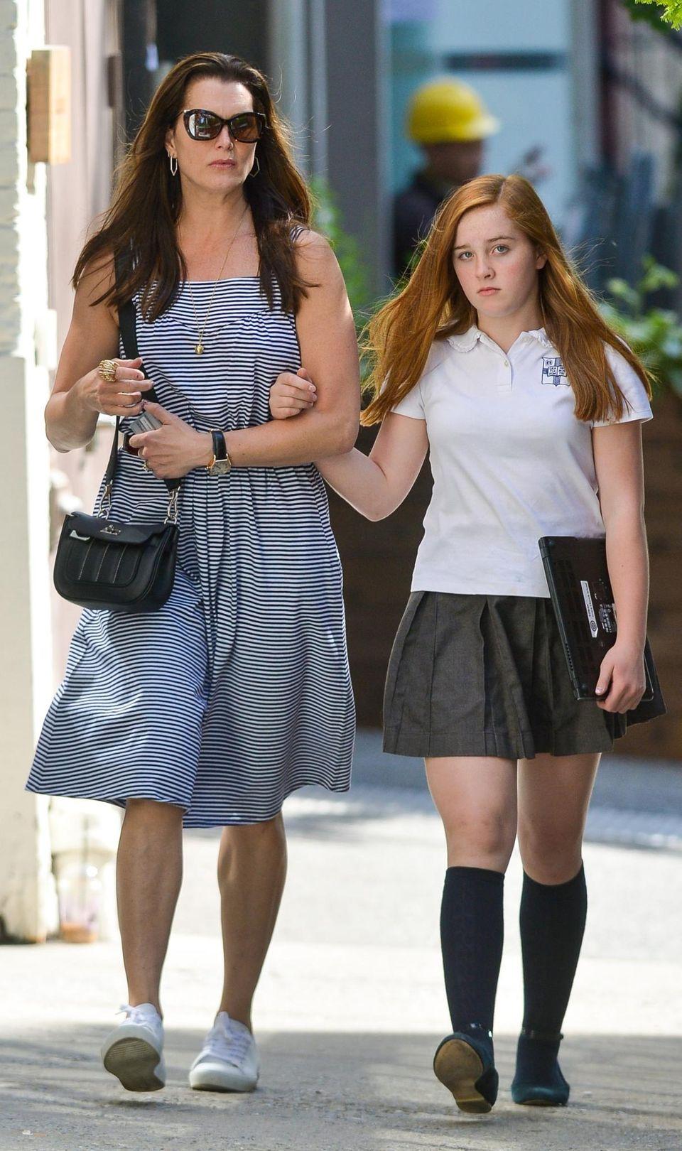 Brooke Shields (hier mit Tochter Rowan) lässt ihre Kinder nicht mehr unbeaufsichtigt zur Schule gehen