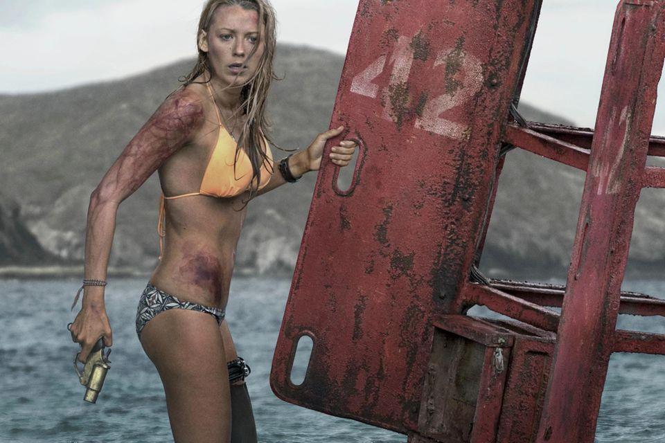 """Blake Lively kämpft als Surferin """"Nancy"""" in """"The Shallows"""" um ihr Leben"""