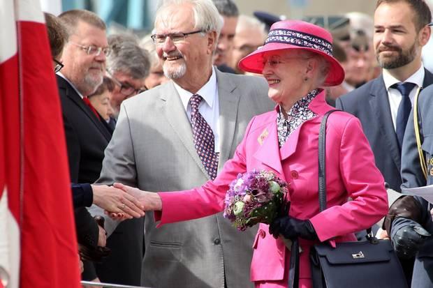 Prinz Henrik und Königin Margrethe glücklich vereint in Aarhus. Jetzt kann der Sommerurlaub kommen