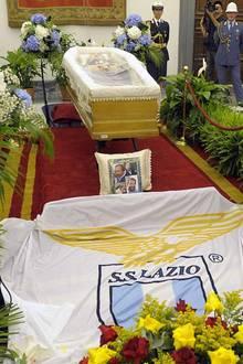 29. Juni 2016: Der am 27. Juni verstorbene Bud Spencer wird im Kapitol in Rom öffentlich aufgebahrt.