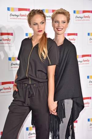 Kim Hnizdo und Elena Carrière