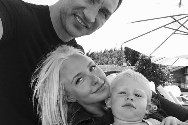 Mit diesem süßen Familienfoto macht Hayden Panettiere den Trennungsgerüchten den Garaus.