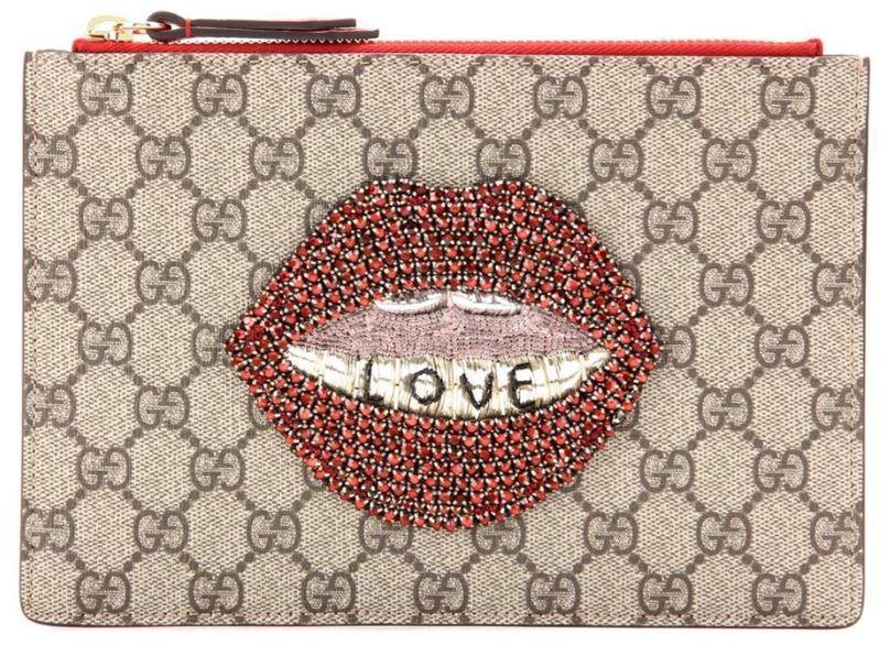 Clutch mit Love-Lips von Gucci