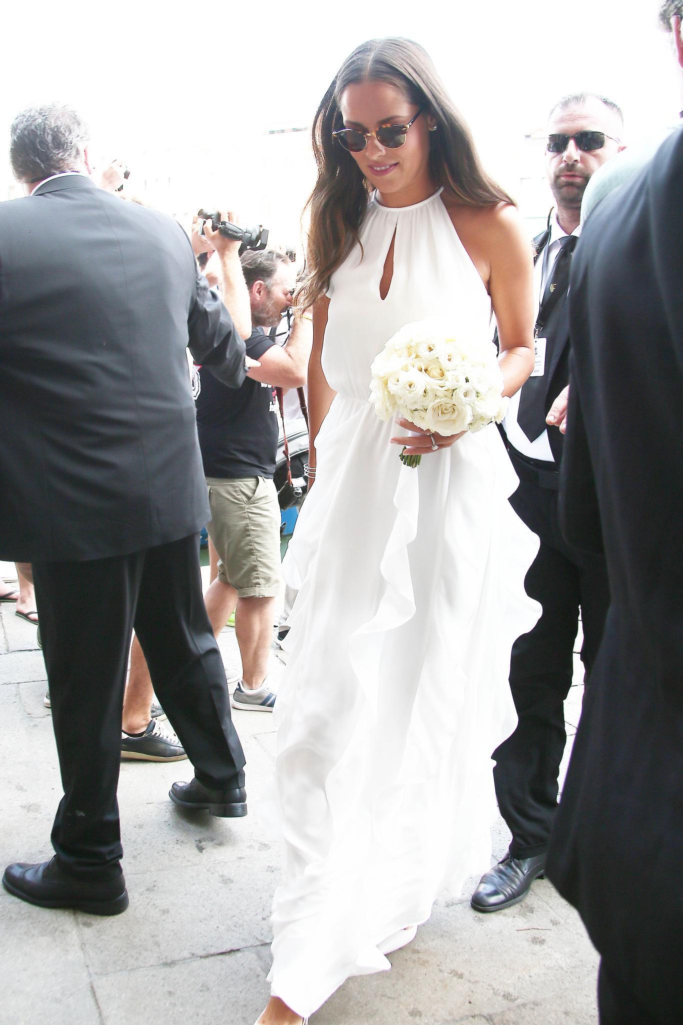 Umwerfend: Tennisstar Ana Ivanovic in einem elganten Brautkleid.