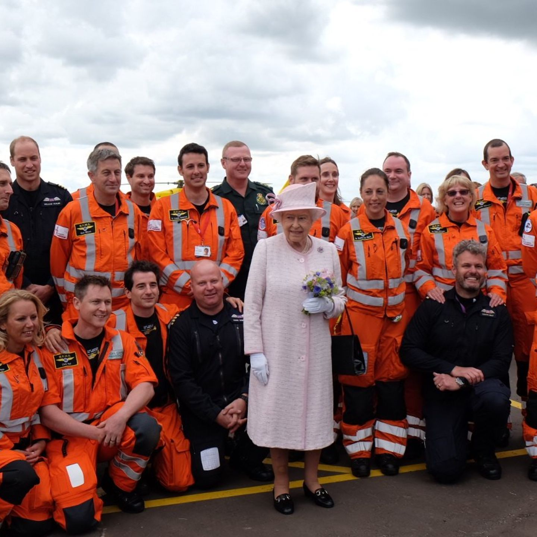 Prinz William, Queen Elizabeth, East Anglian Air Ambulance