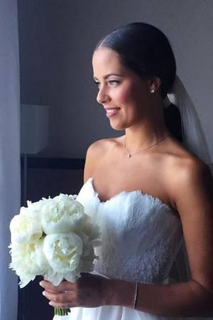 Ana Ivanovic: Ihr Brautkleid liegt voll im Trend | GALA.de