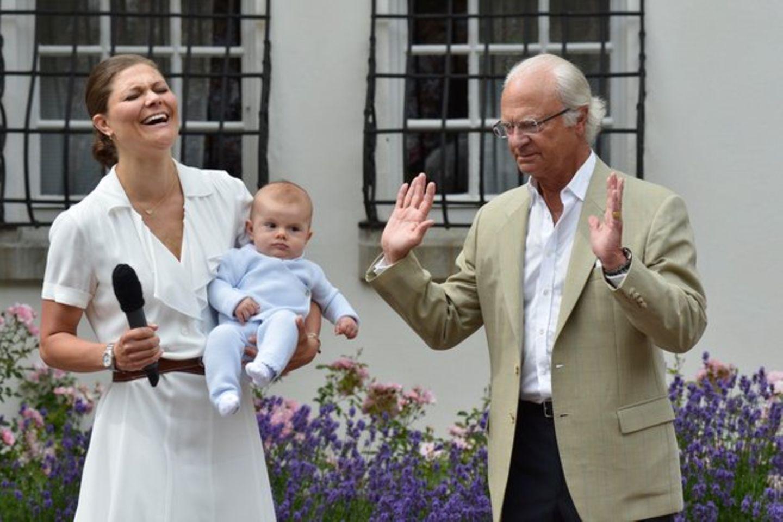 Kronprinzessin Victoria, Prinz Oscar, König Carl Gustaf