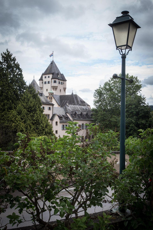 Schloss Berg in Colmar-Berg. Luxemburg - Wohnsitz des luxemburgischen Großherzogspaares Maria Teresa und Henri von Luxemburg