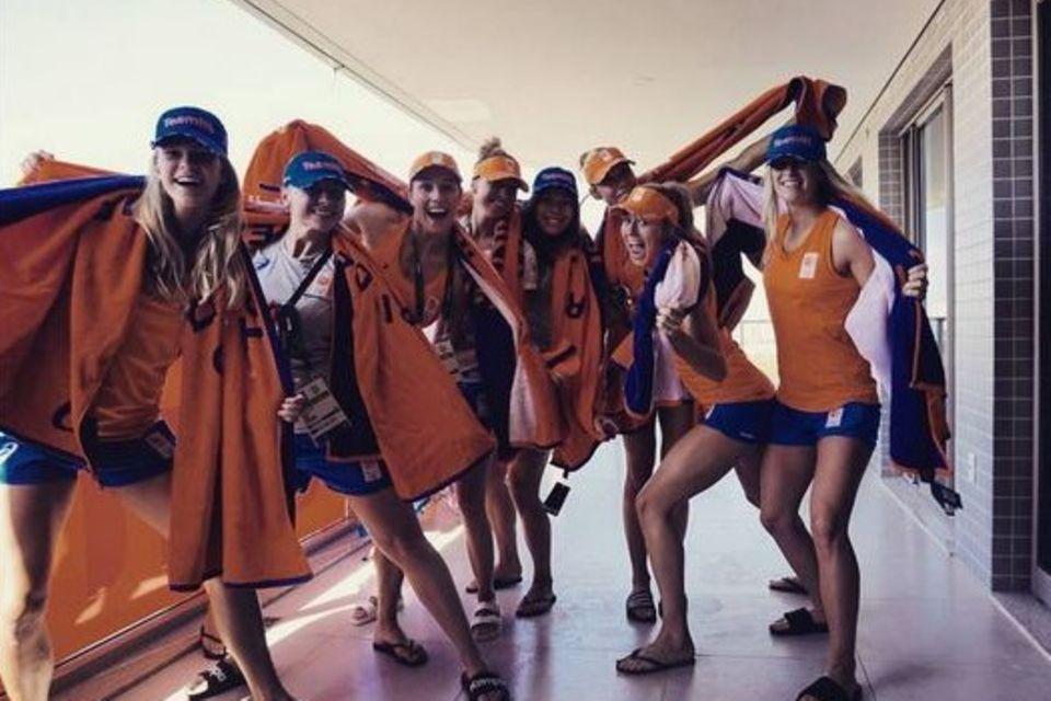 Estavana mit ihren Team-Kolleginnen in Rio