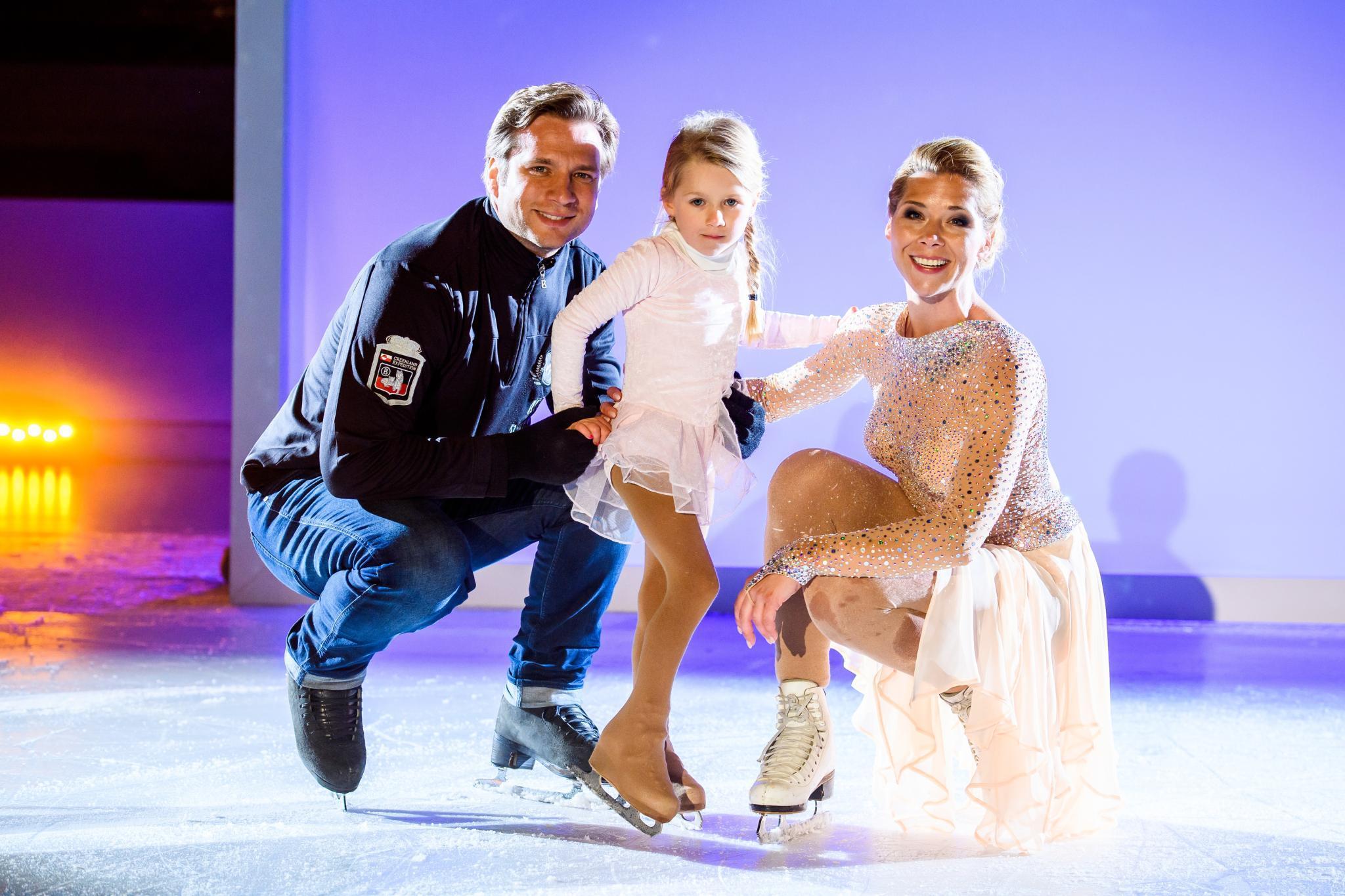Tanja Szewczenko mit Mann und Tochter