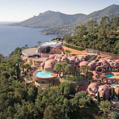"Der ""Bubble Palace"" bei Cannes wurde 1979 erbaut - als Einfamilienhaus."