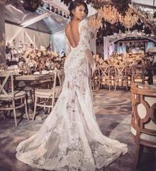 Eniko Hart in einem wunderschönen Kleid von Vera Wang