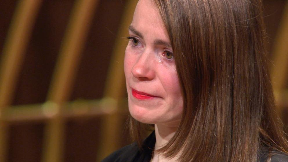 Jennifer Browarczyk weint