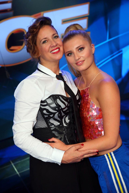Dance Dance Dance: Luna Schweiger (r.) hält zu ihrer Mama Dana
