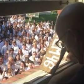 400 Schüler singen