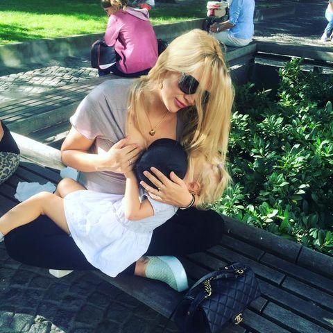 Sara Kulka mit Tochter Matilda